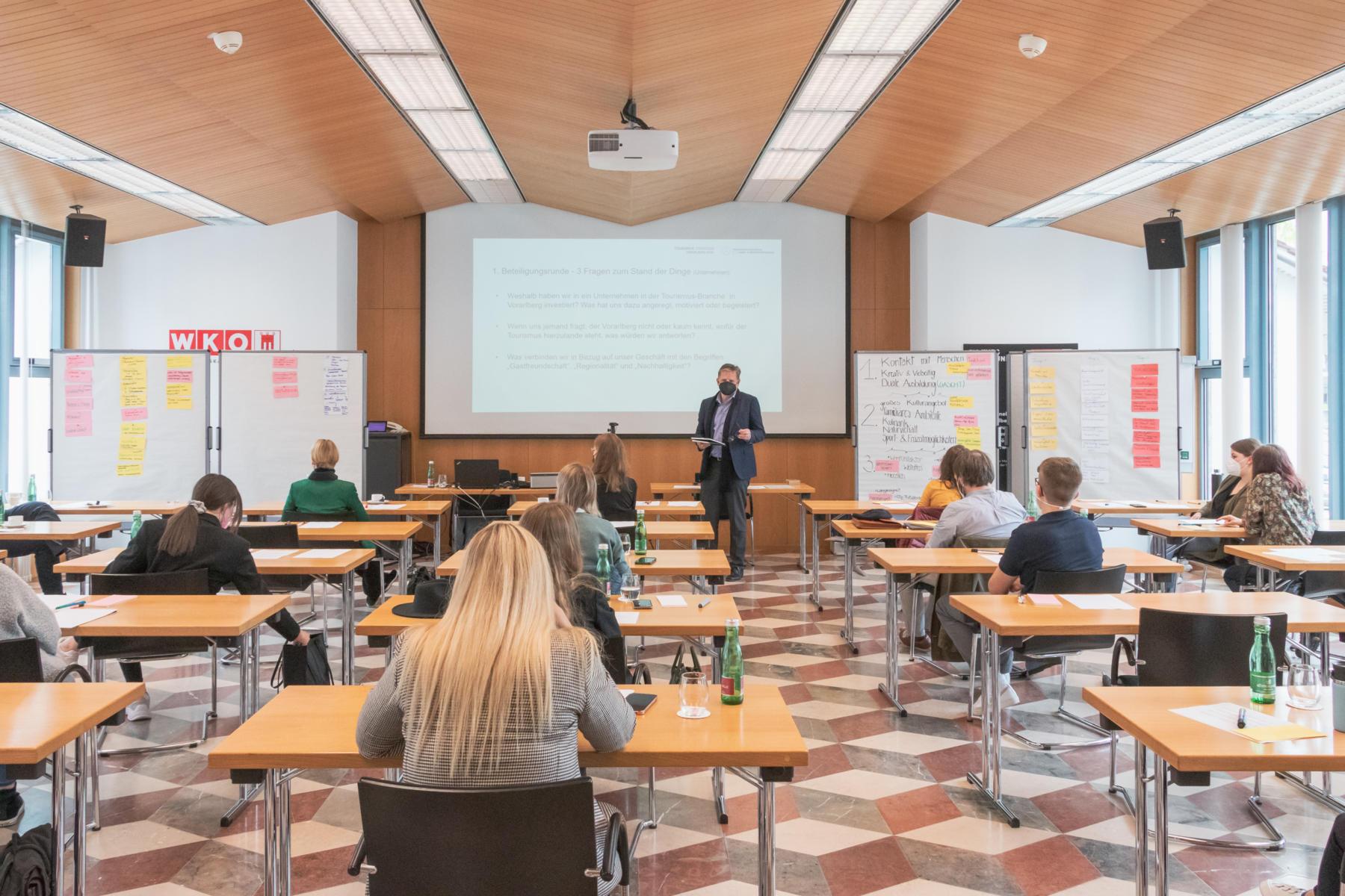 vorarlberg tourismus workshop 10 1800x1200 - Spannende Fokusgruppen und Fach-Workshops zur Evaluierung der bisherigen Tourismusstrategie